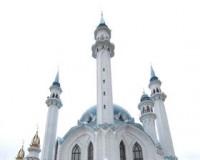 Мусульманки на торжественном открытии мечети Кул Шариф.