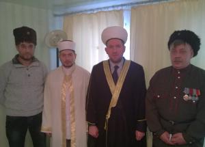 Т. Чоханов и М. Беюсов с казаками
