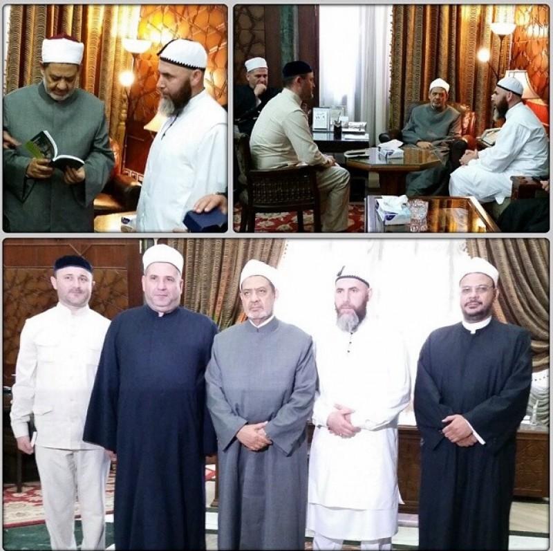 Делегация ДУМ ЧР в Египте. В центре – глава «Аль-Азхара» шейх Ахмад ат-Тайиб