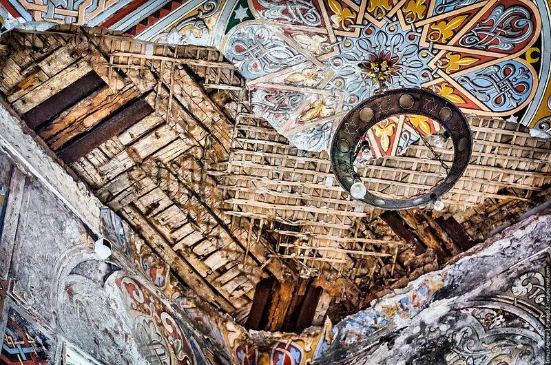 Мечеть Владикавказа разрушается