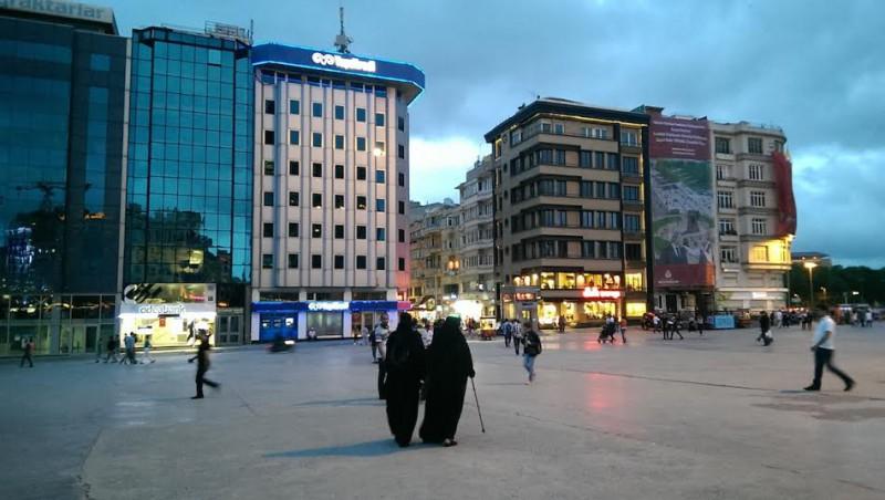 Станут ли 25-е парламентские выборы закатом исламистов в Турции?